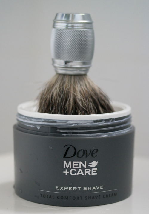 Dove Men Care Expert Shave Cream