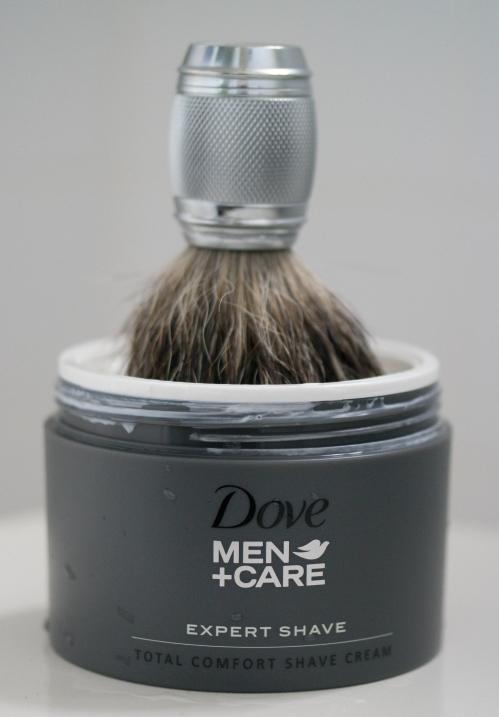 Dove Men Care Expert Shave Cream