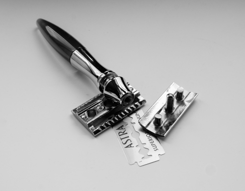 eShave Safety Razor